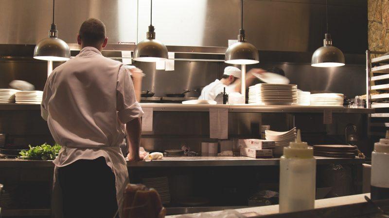 La réouverture des restaurants et des bars