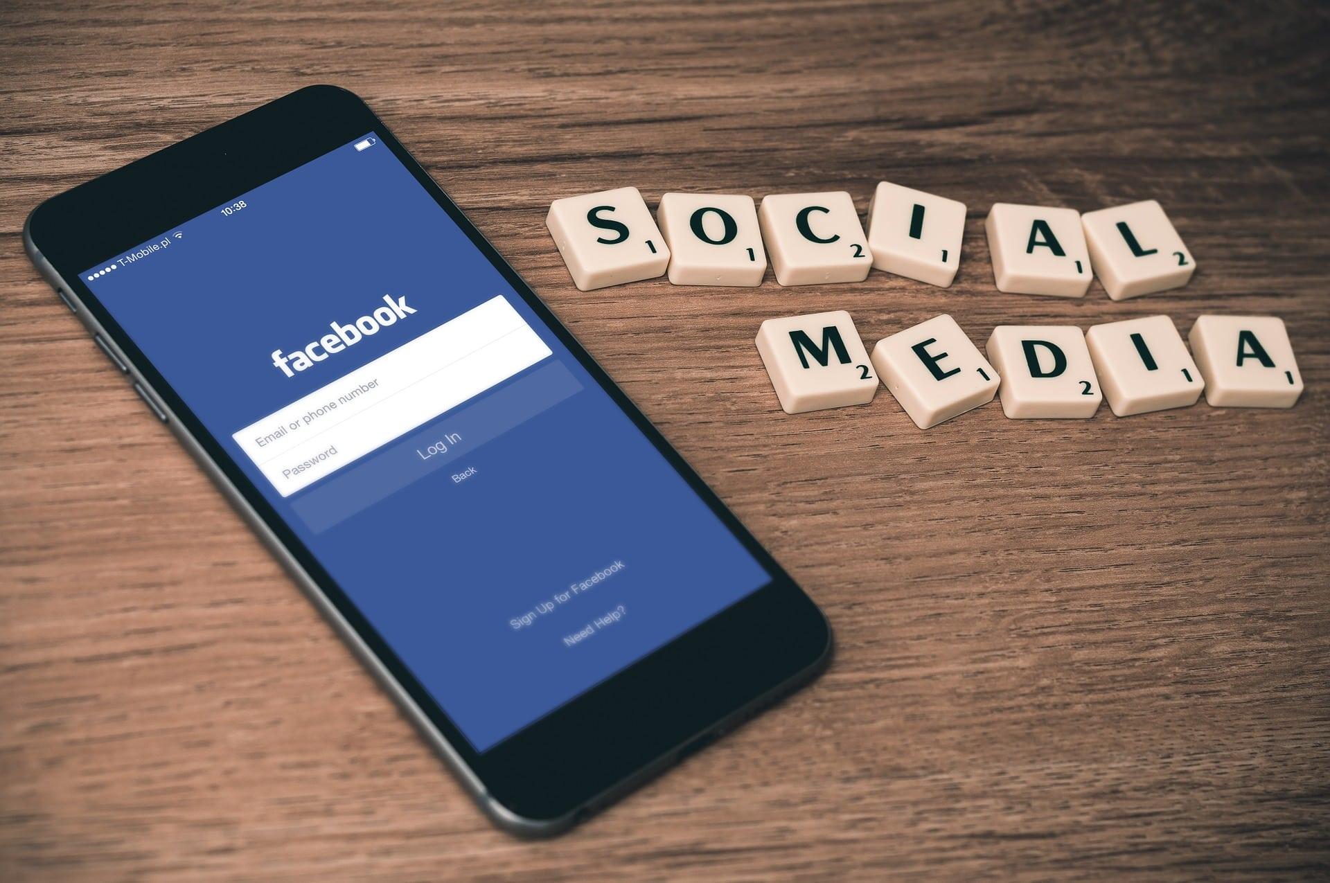 Facebook paiera 14 millions pour un procès pour avoir favorisé des étrangers dans leurs embauches